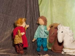 Mabik trifft sich mit seinem Freund und Pferden...