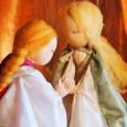 So richtig in den Sommer gehört dieses Märchen der Brüder Grimm. Die schöne Königstochter Maleen liebt einen Königssohn, den sie nicht heiraten darf. Sieben Jahre verbringt sie wegen ihrer treuen […]