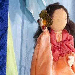 Marionettentheater: Die Nixe im Teich, Ausschnitt